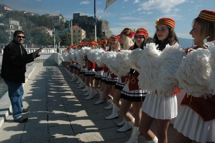 Cheerleaders on the festival of mimosa